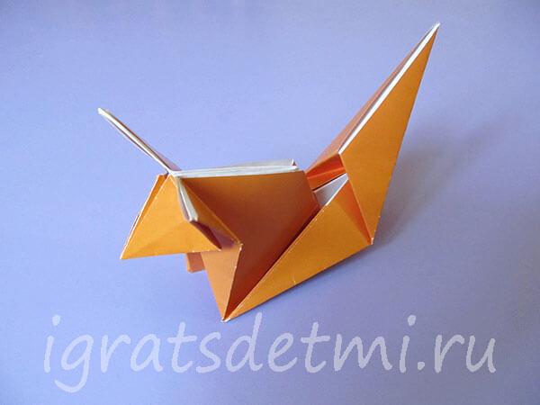 Еще одна модель лисы из бумаги
