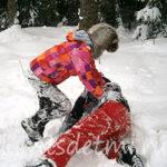 Подвижные зимние игры на снеговой площадке и с санками